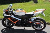 Foiling-Motorcycle-Suzuki-Gsx-r-Gixxer-1074948